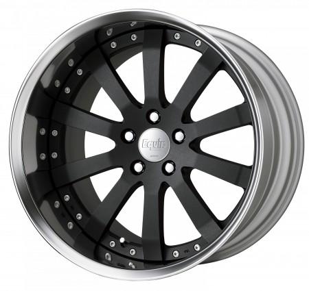 BLACK ANODIZED [SKA/B] CENTRE DISK, POLISHED ANODIZED FLAT RIM WITH CHROME RIVETS