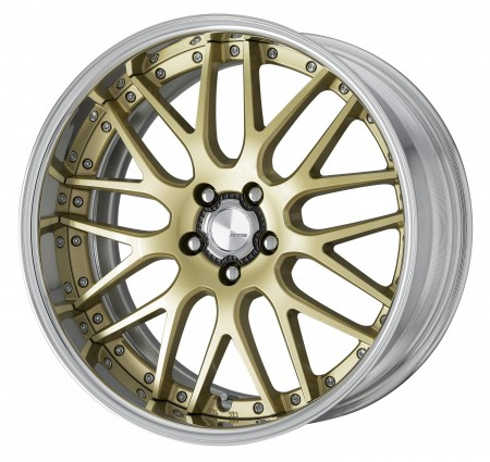 LIGHT METALLIC GOLD [LMG] CENTRE DISK, POLISHED ANODIZED FLAT RIM WITH CHROME RIVETS