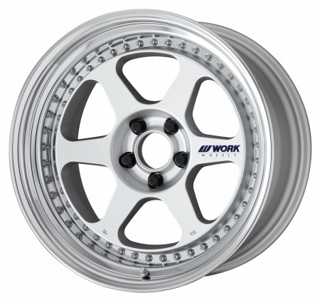 MATT SILVER [MSL] CENTRE DISK, POLISHED ANODIZED STEP RIM WITH CHROME RIVETS