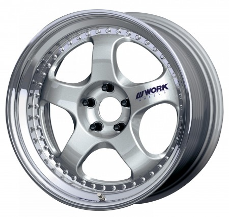 SILVER [SIL] CENTRE DISK, POLISHED ANODIZED STEP RIM WITH CHROME RIVETS