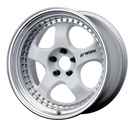 WHITE [WHT] CENTRE DISK, POLISHED ANODIZED STEP RIM WITH CHROME RIVETS
